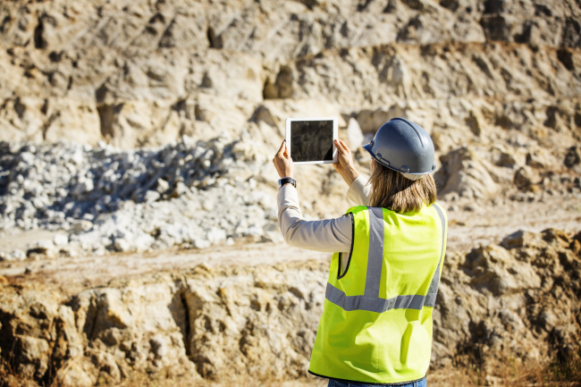 Build a Technology Implementation Roadmap for Your Mine to Ensure Maximum ROI